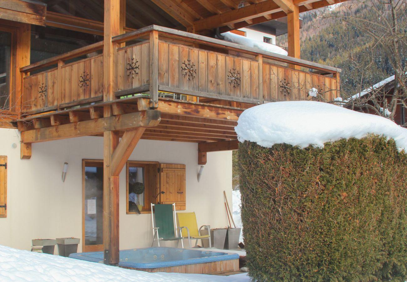 Chalet in Chamonix-Mont-Blanc - Chalet Minouche